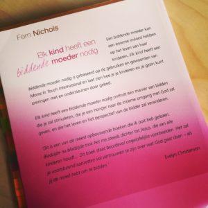 Elk kind heeft een biddende moeder nodig, Moederdag, boekentips, Fern Nichols
